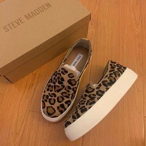 NIB Steve Madden Leopard Fly Knit Slip On Sneakers